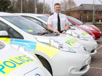 Nee nor, nee nor! Watch out for the electric police cars